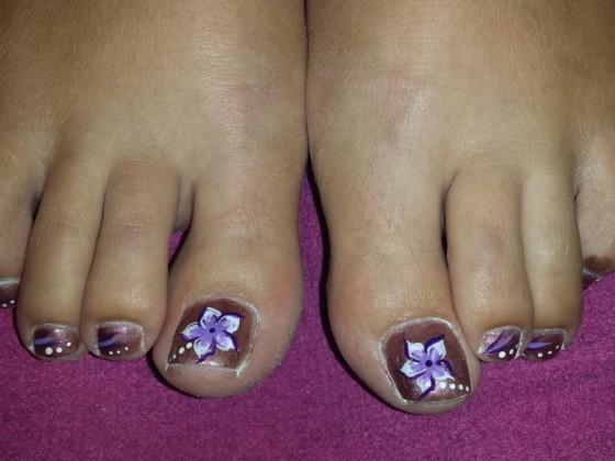 Nail art op tenen
